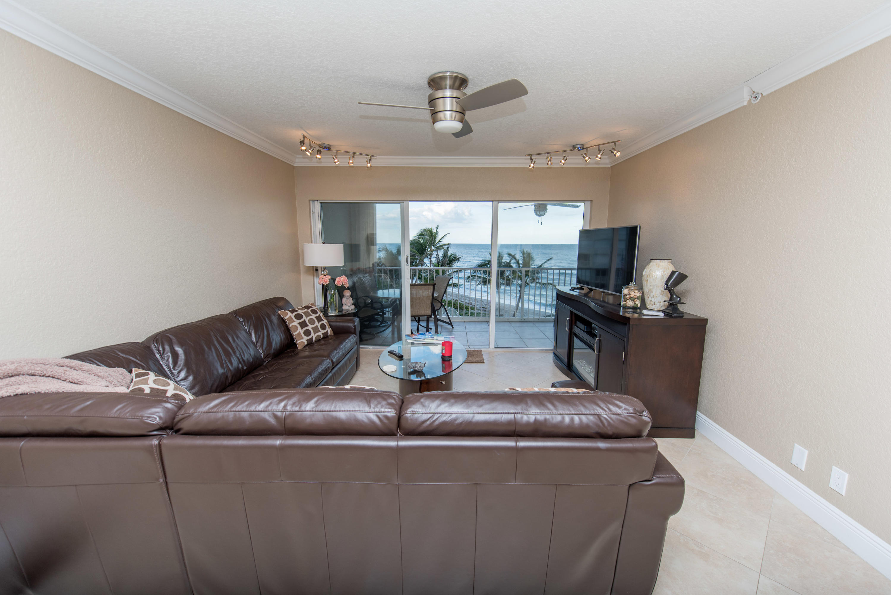 3101 S Ocean Boulevard 402 Highland Beach, FL 33487 photo 4