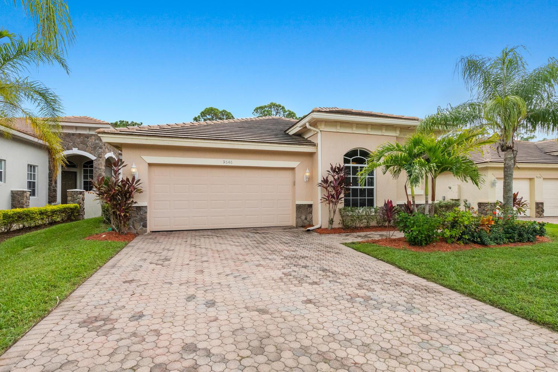 9646 Osprey Isles Boulevard Palm Beach Gardens, FL 33412 photo 2