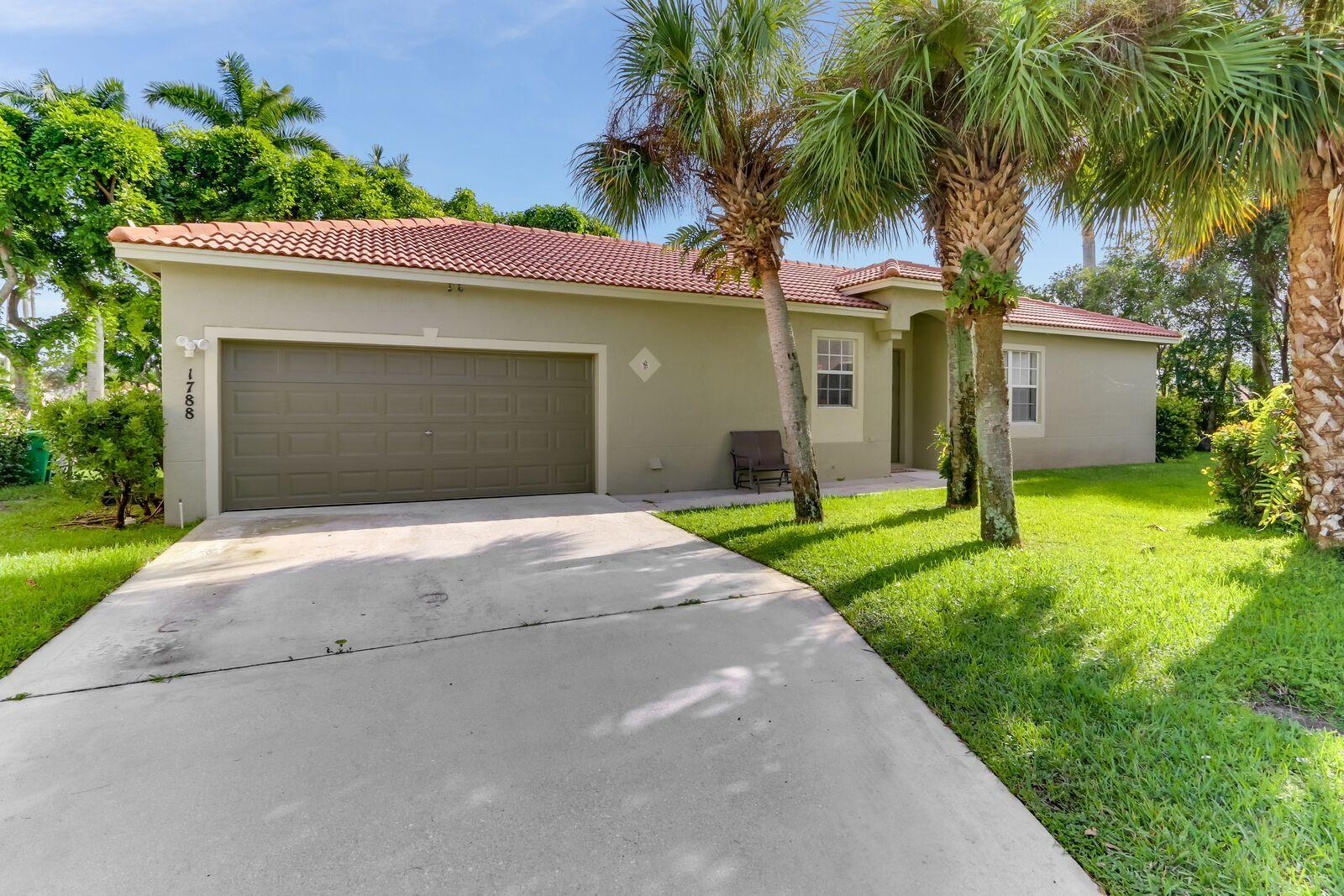 1788 Pierside Circle Wellington, FL 33414