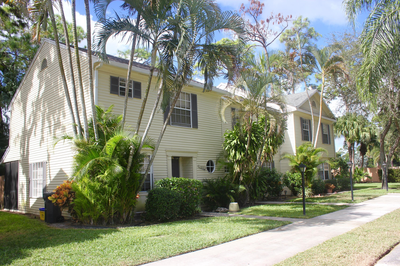 13484 Old Englishtown Road Wellington, FL 33414