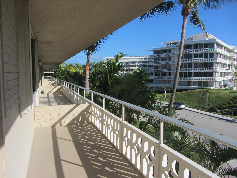 OCEAN TOWERS PALM BEACH FLORIDA