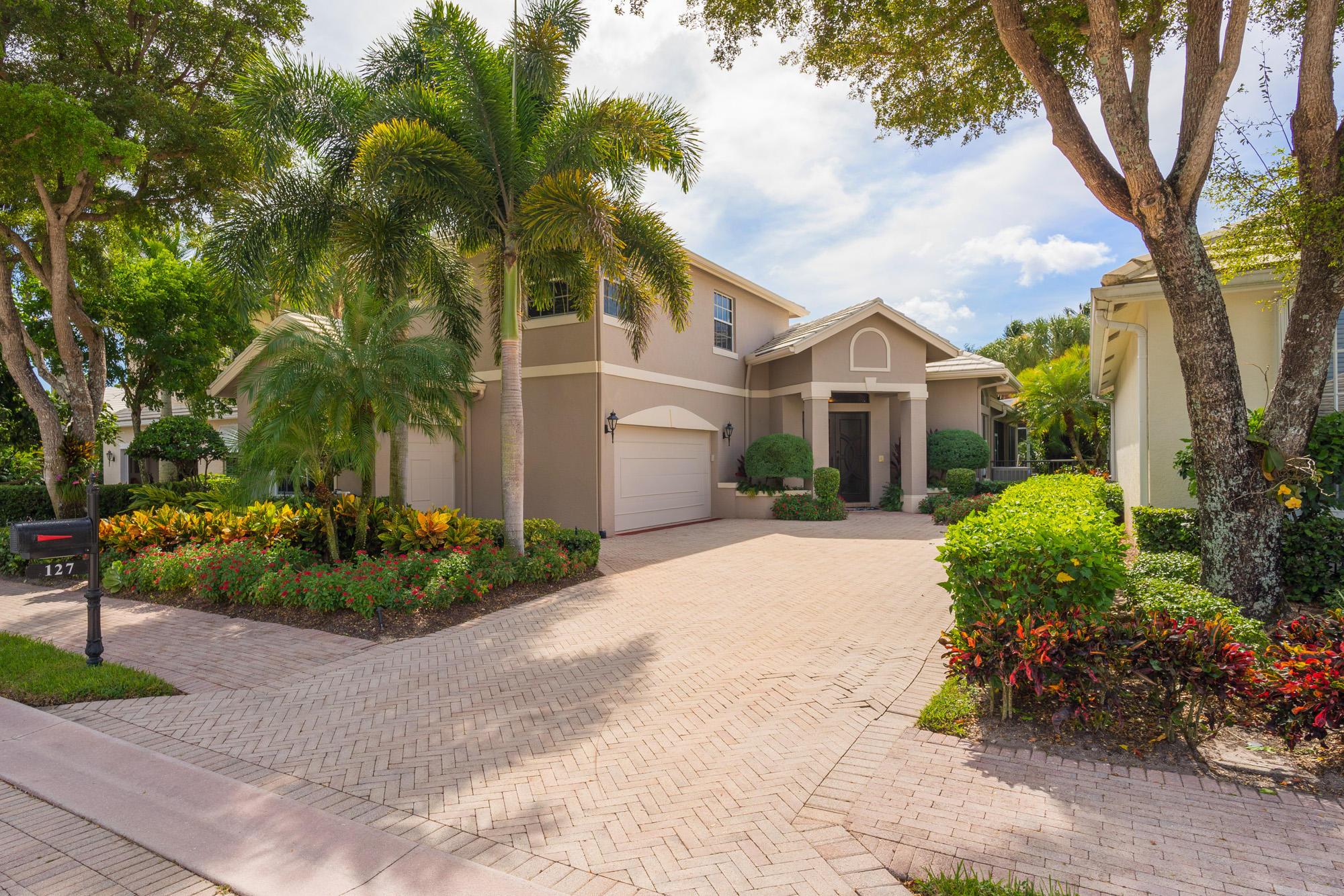 127 Victoria Bay Court, Palm Beach Gardens, Florida 33418, 4 Bedrooms Bedrooms, ,3 BathroomsBathrooms,F,Single family,Victoria Bay,RX-10479462