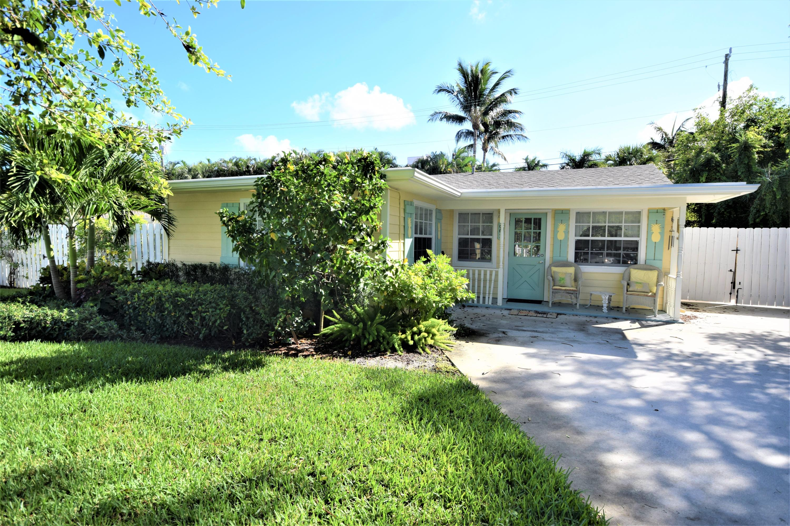 Home for sale in SNOW HILL Delray Beach Florida