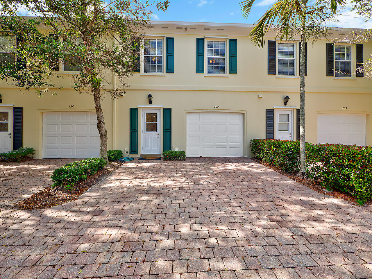 152 Ashley Court, Jupiter, Florida 33458, 3 Bedrooms Bedrooms, ,2.1 BathroomsBathrooms,A,Townhouse,Ashley,RX-10490976