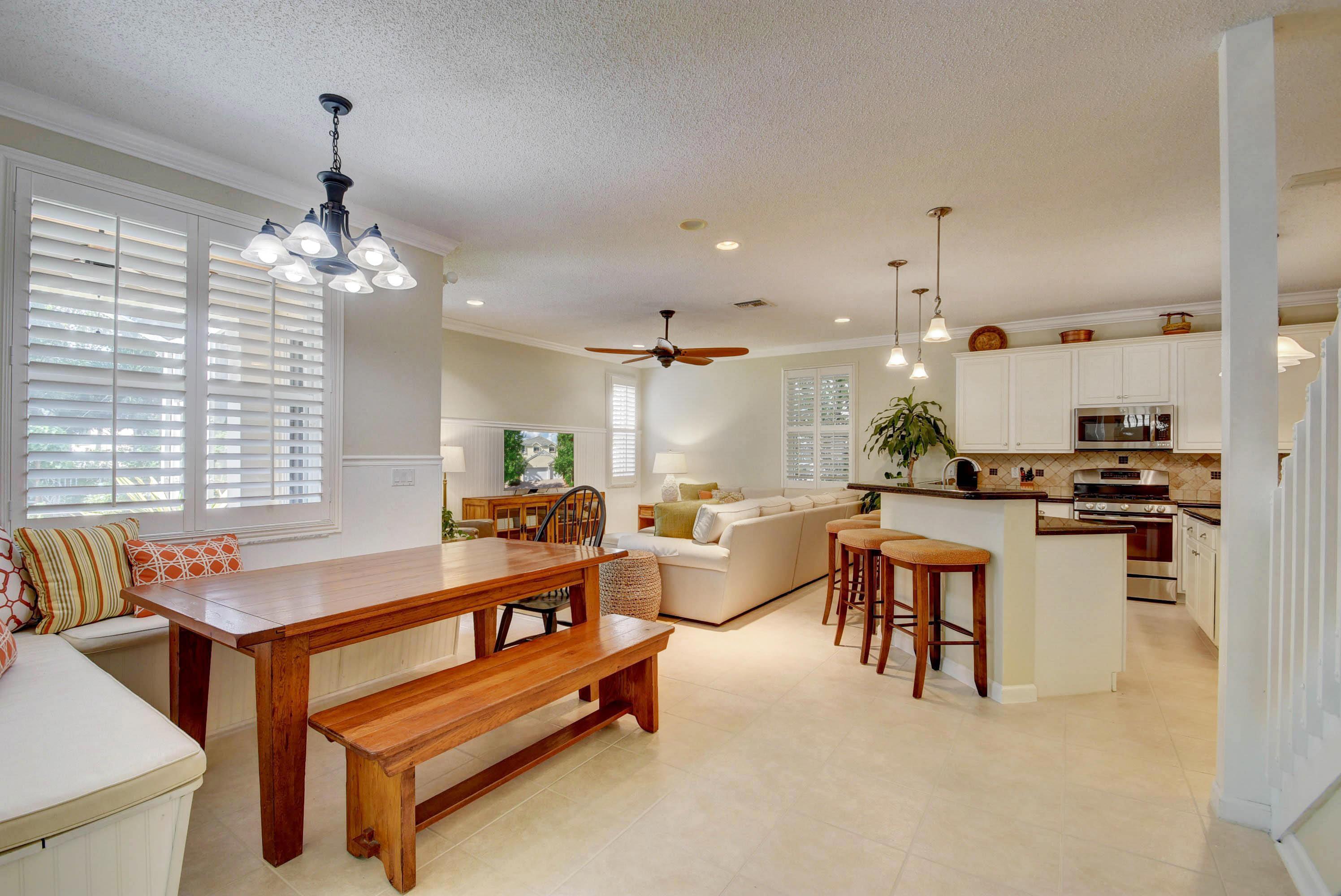 270 Kensington Way Royal Palm Beach, FL 33414 photo 8