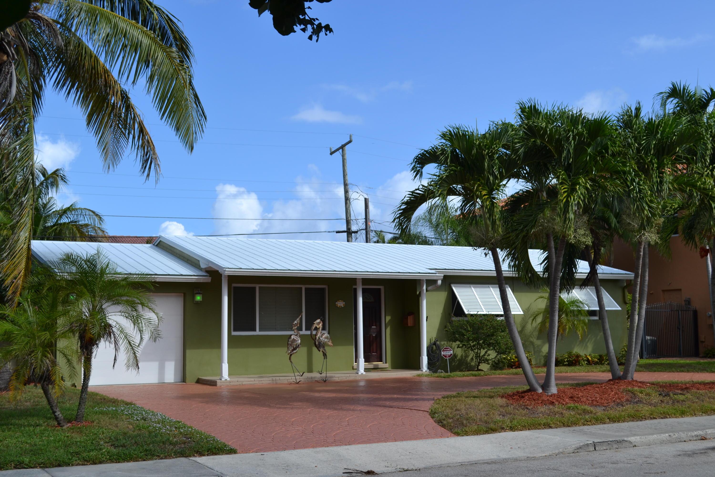 145 Gregory Place West Palm Beach, FL 33405 photo 5