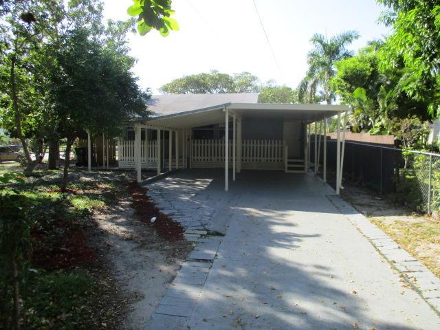 5317 Garden Avenue West Palm Beach, FL 33405