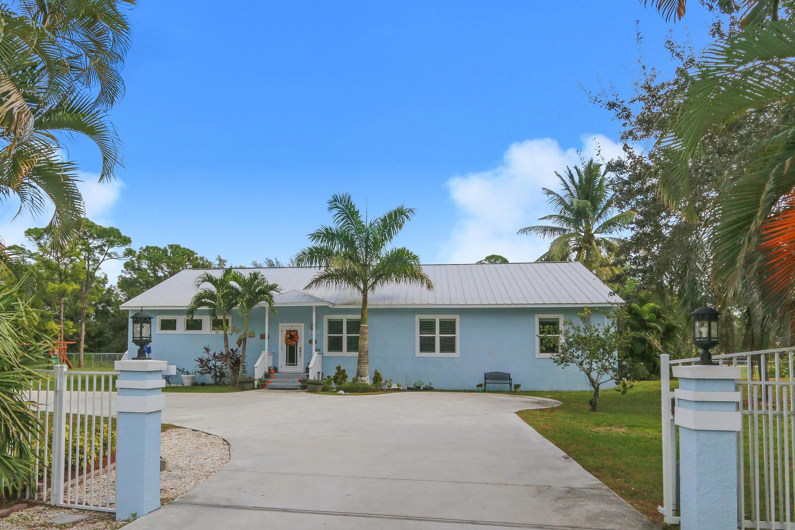 5530 Mango Boulevard West Palm Beach, FL 33411 photo 2