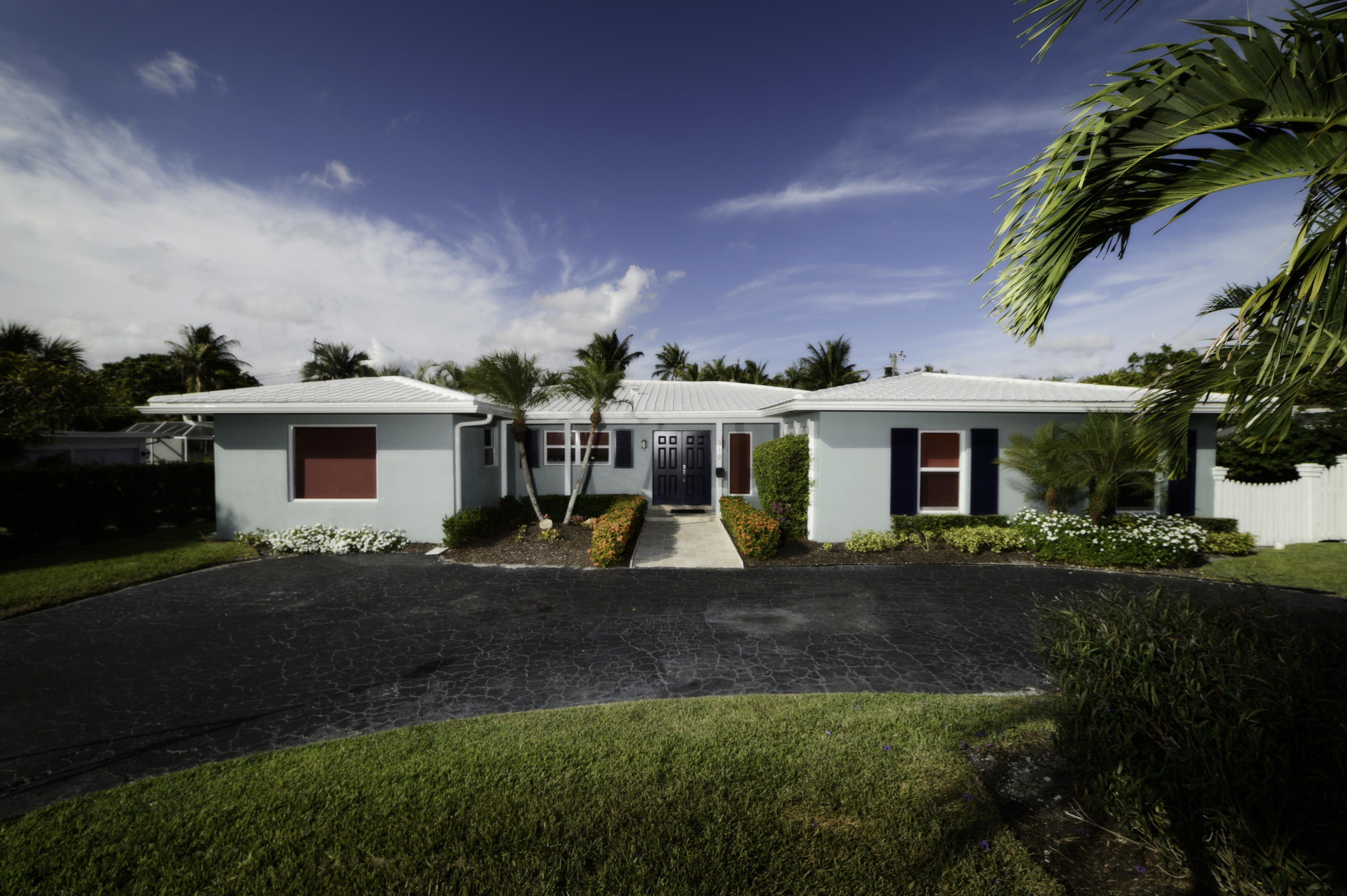 319 NW 15th Street  Delray Beach, FL 33444