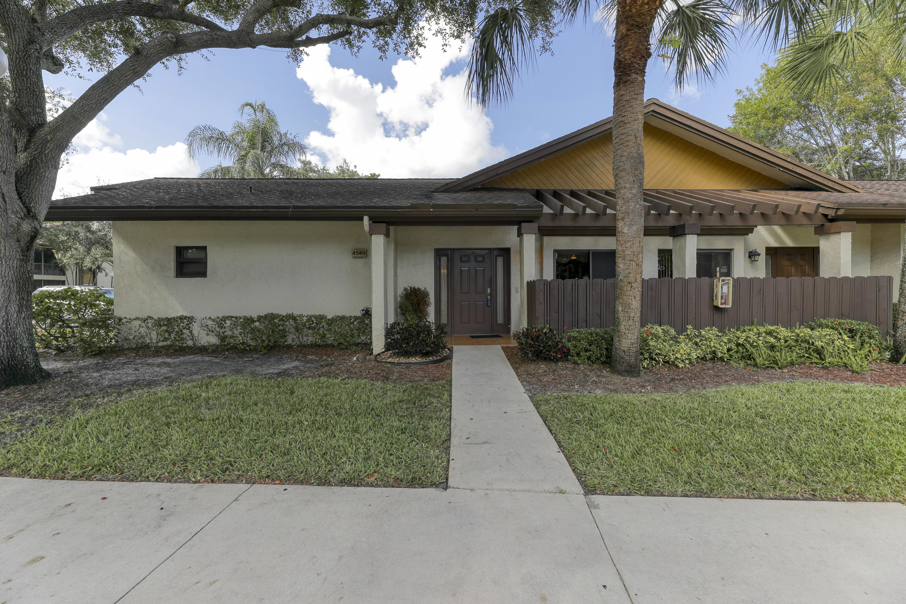 Home for sale in Baywood 3 Township Coconut Creek Florida