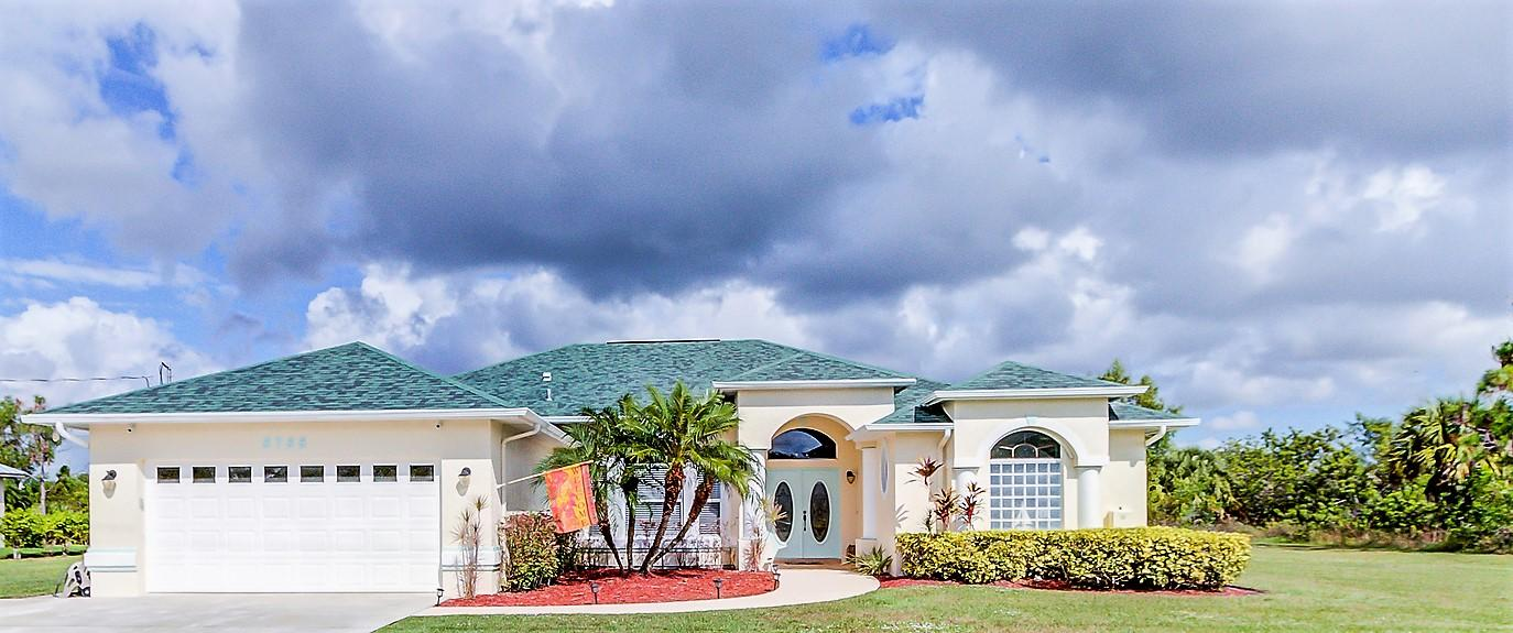 5755 NW Eskimo Circle, Port Saint Lucie, Florida