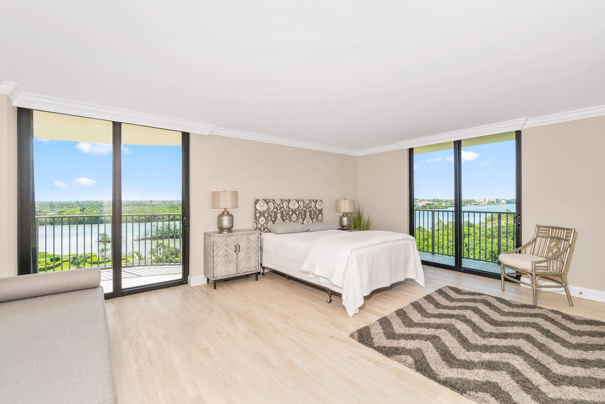 TEQUESTA TOWERS COND APTS UNIT 601