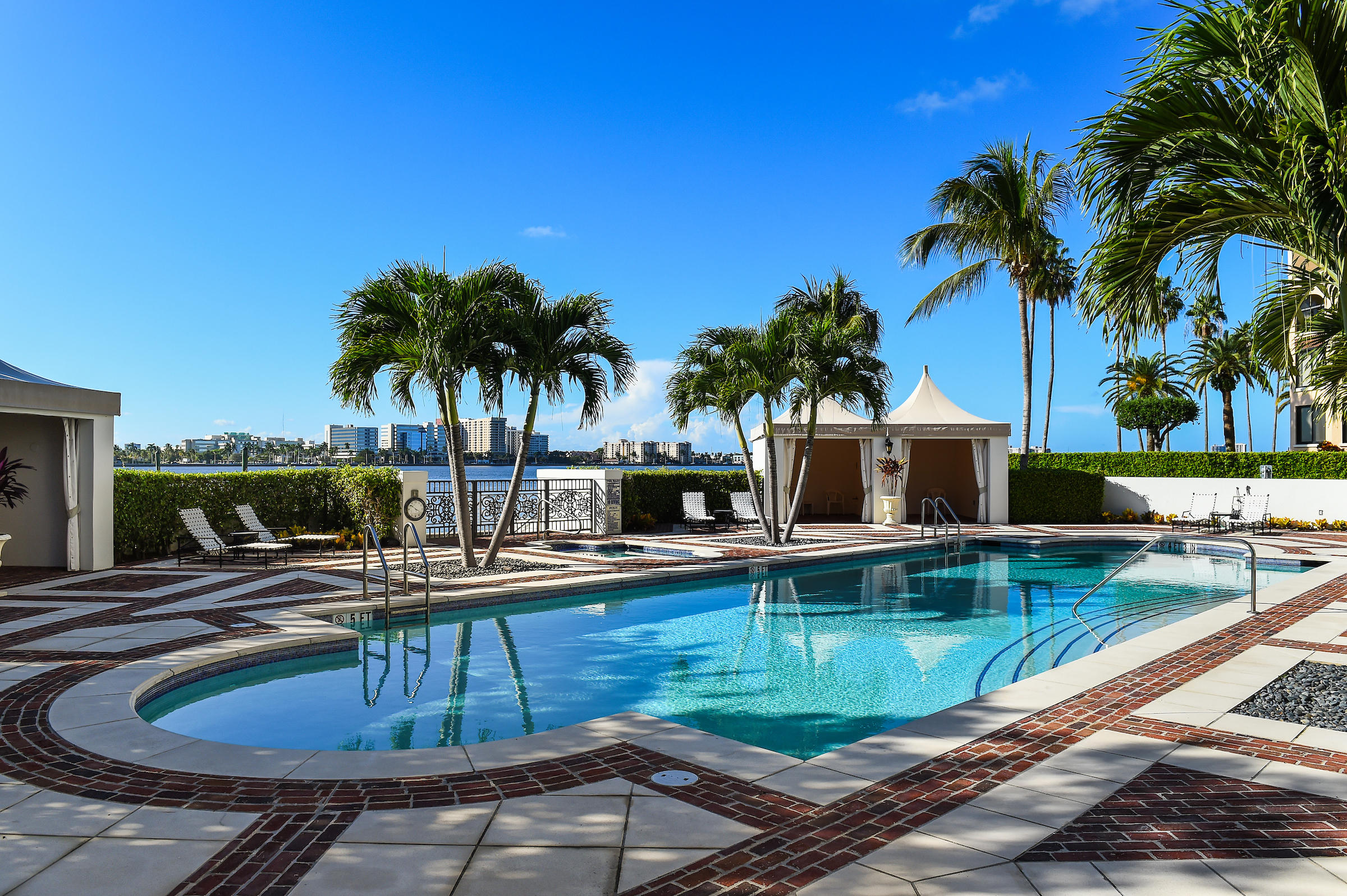 IL LUGANO CONDO PALM BEACH REAL ESTATE