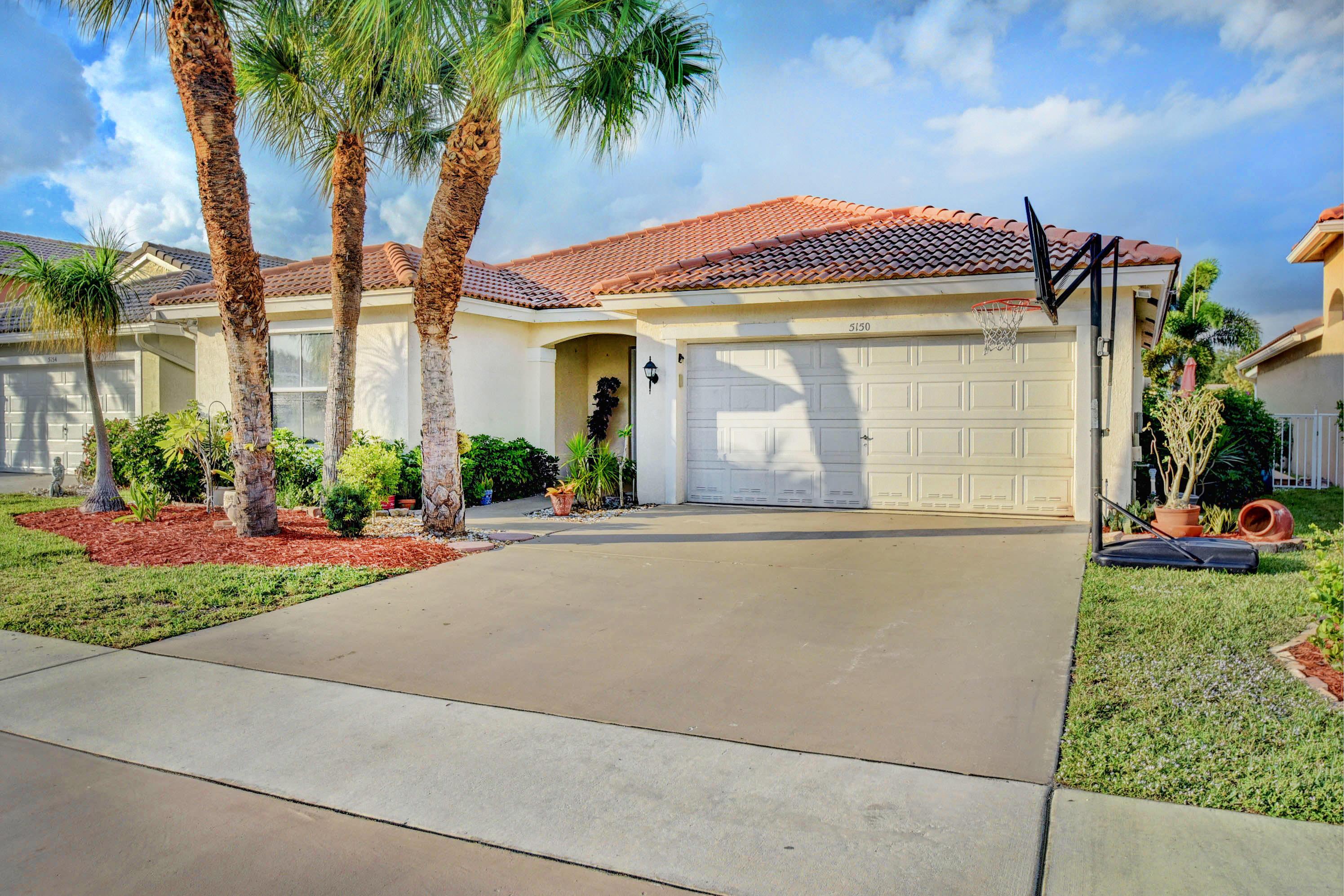 5150 Prairie Dunes Village Circle Lake Worth, FL 33463
