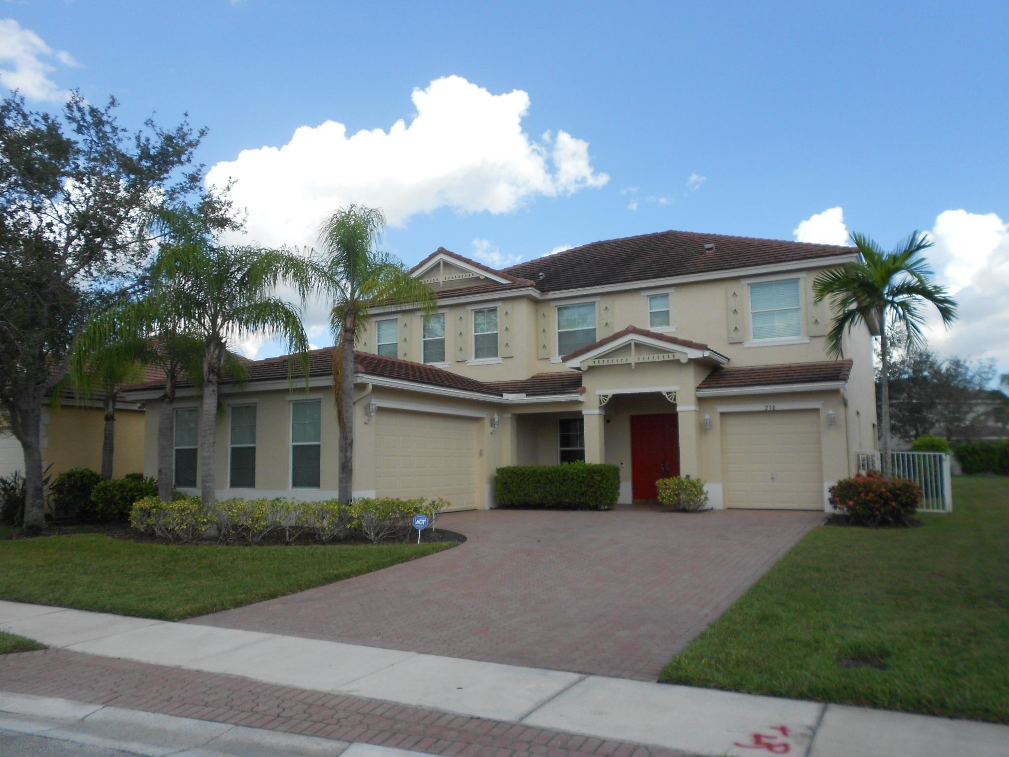 230 Palm Beach Plantation Blvd - Royal Palm Beach, Florida