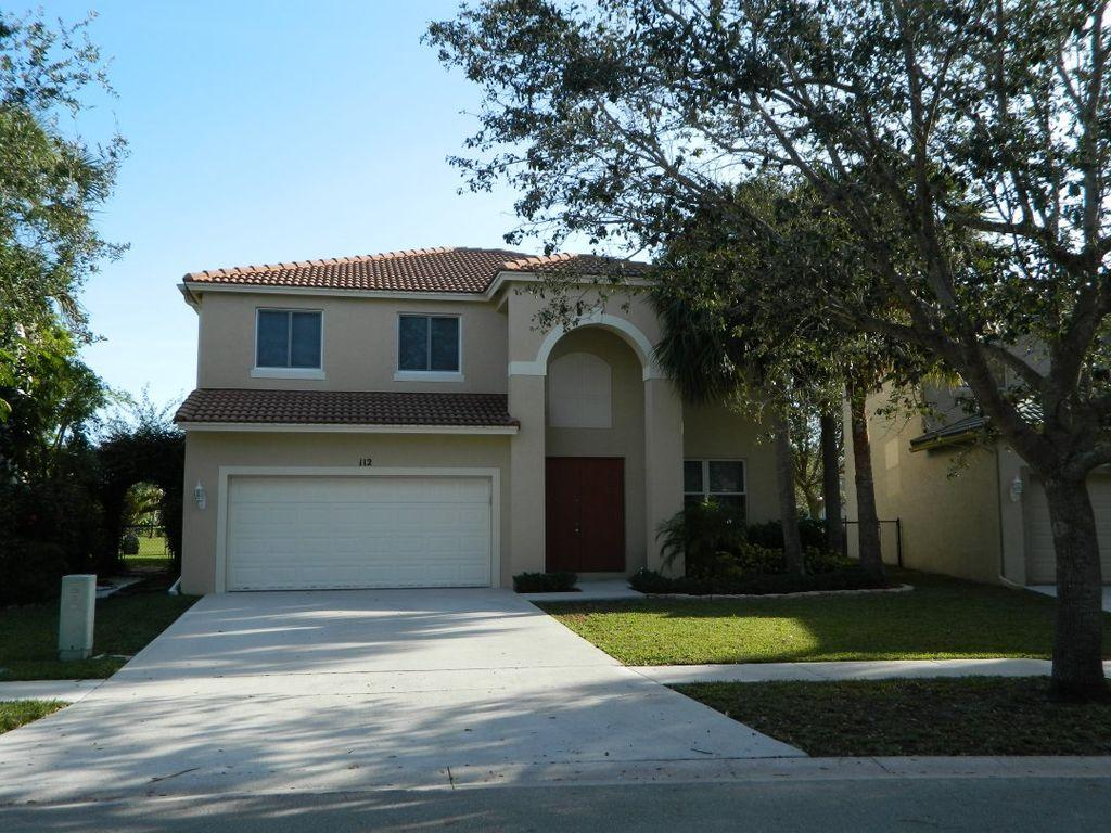 112 Seminole Lakes Drive  Royal Palm Beach, FL 33411