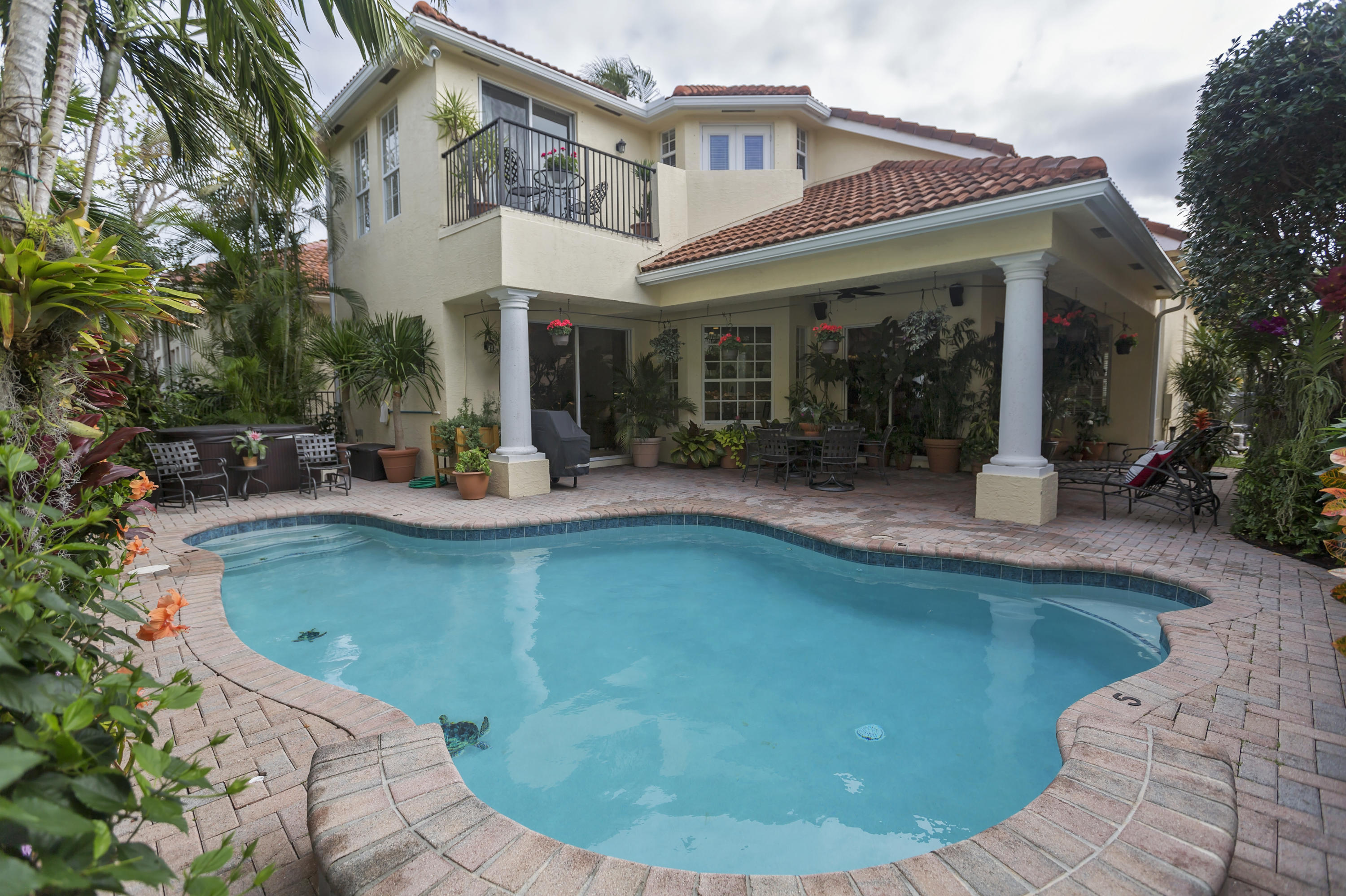 735 Sandy Point Lane, North Palm Beach, Florida 33410, 4 Bedrooms Bedrooms, ,3.1 BathroomsBathrooms,A,Single family,Sandy Point,RX-10480529