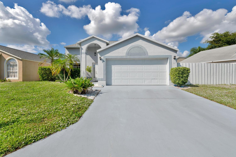 Home for sale in BOYNTON LAKES 6-A Boynton Beach Florida
