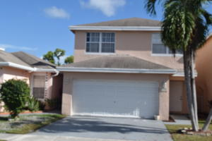 Property for sale at 4054 Eastridge Circle, Deerfield Beach,  Florida 33064