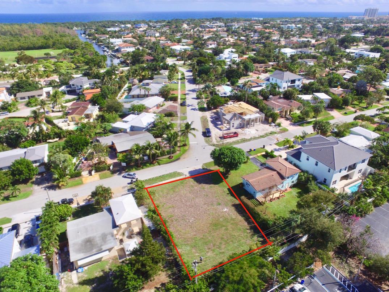 Photo of 1405 NE 4th Avenue, Boca Raton, FL 33432