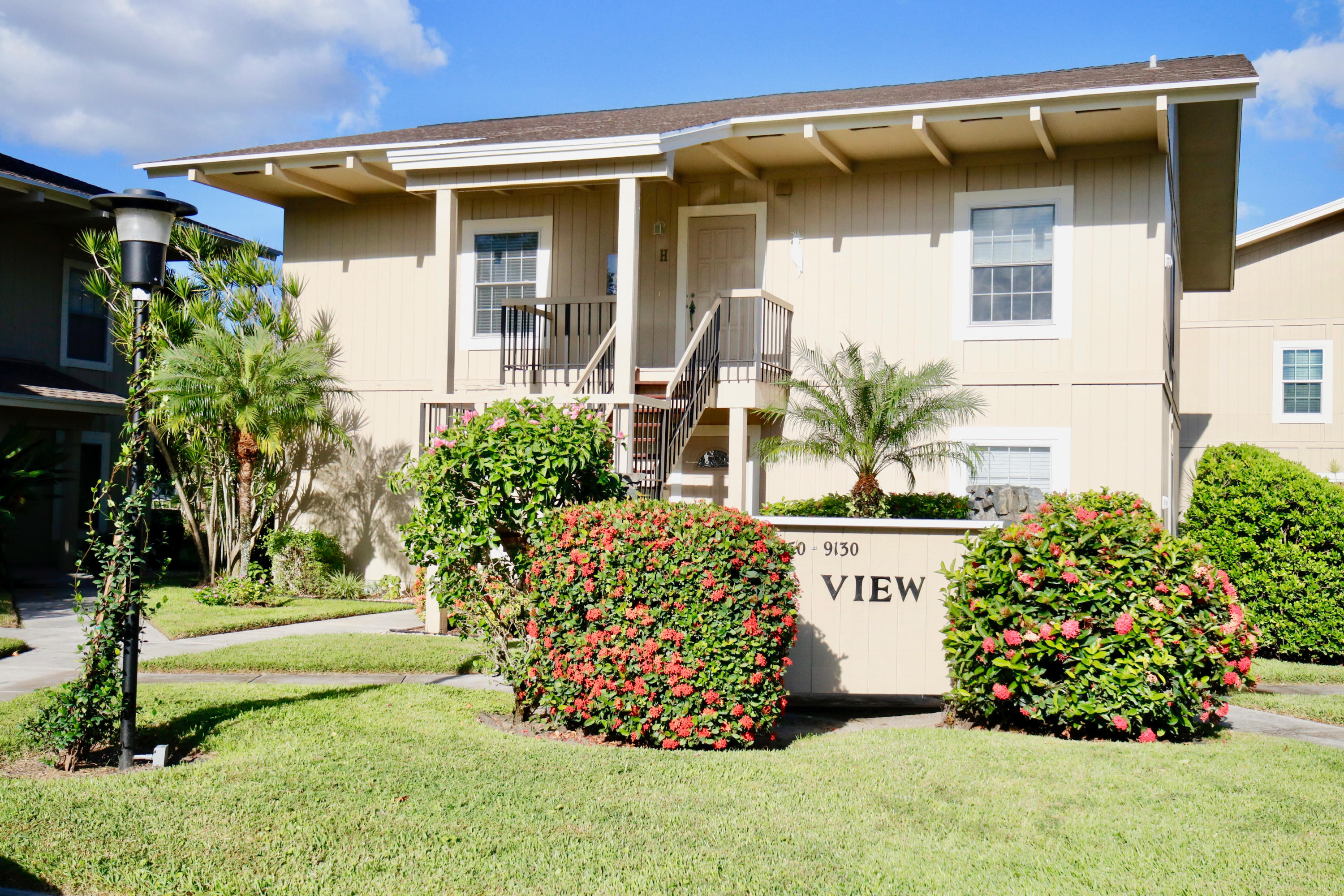 9140 SE Riverfront Terrace Seaview H  Tequesta FL 33469