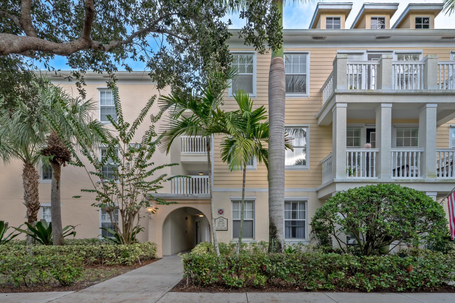 225 Murcia Drive 201, Jupiter, Florida 33458, 2 Bedrooms Bedrooms, ,2 BathroomsBathrooms,A,Condominium,Murcia,RX-10480993