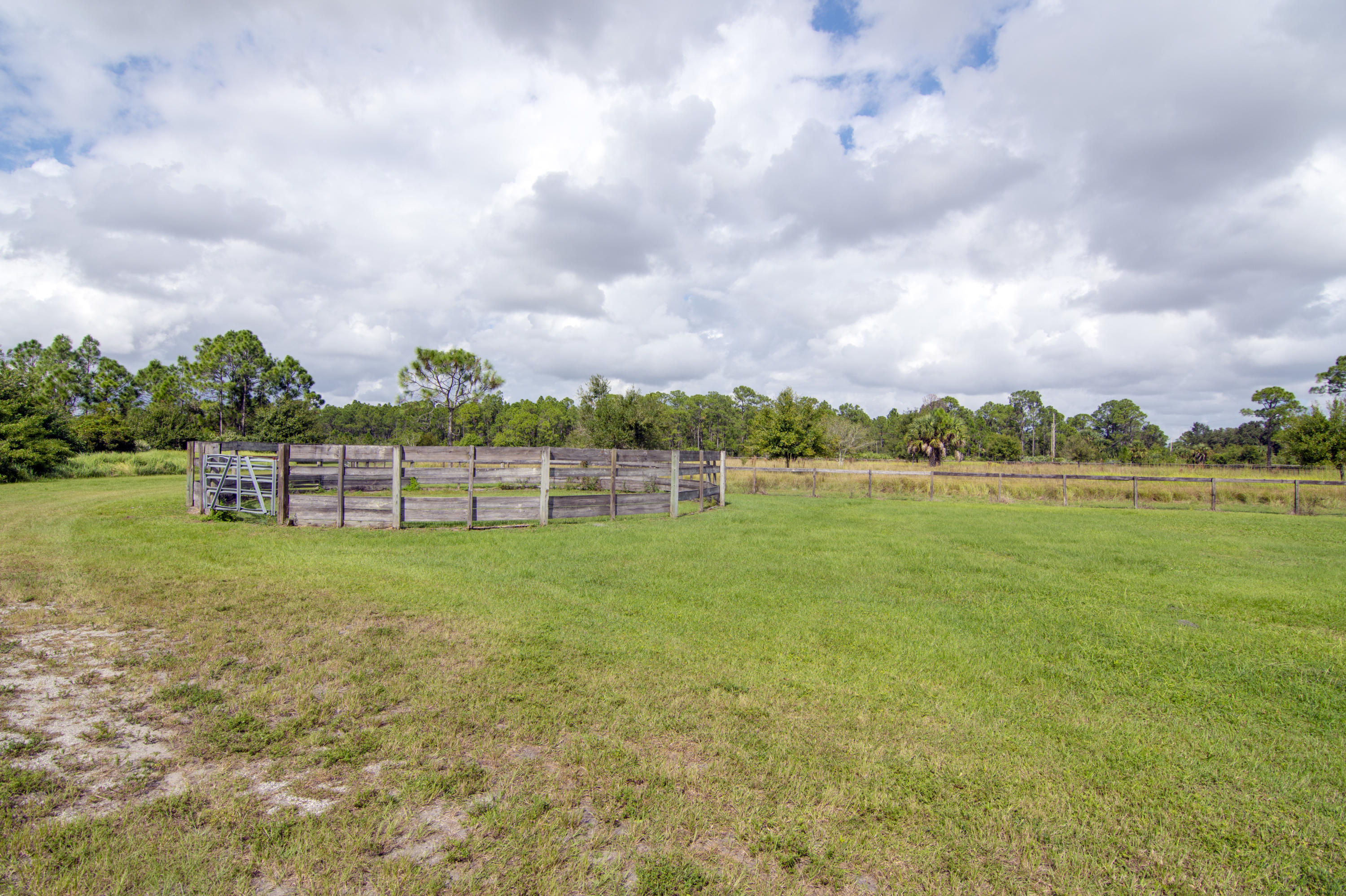 ST LUCIE COUNTY PROPERTY