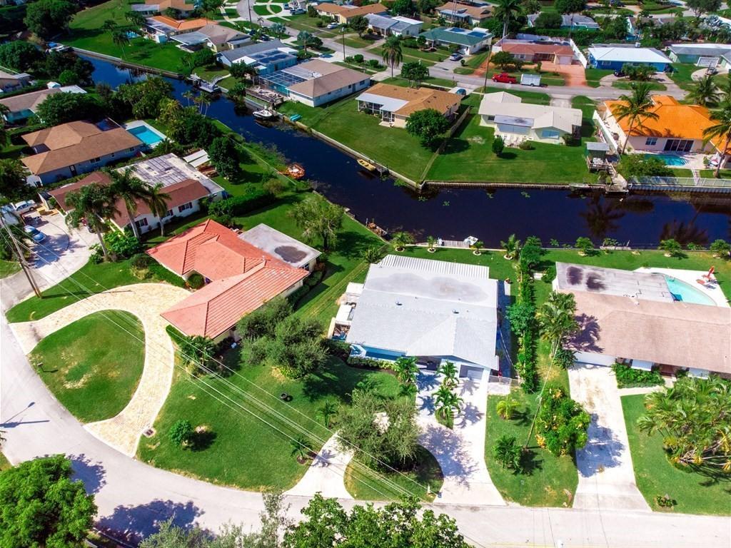 7911 W Lake Drive  Lake Clarke Shores FL 33406