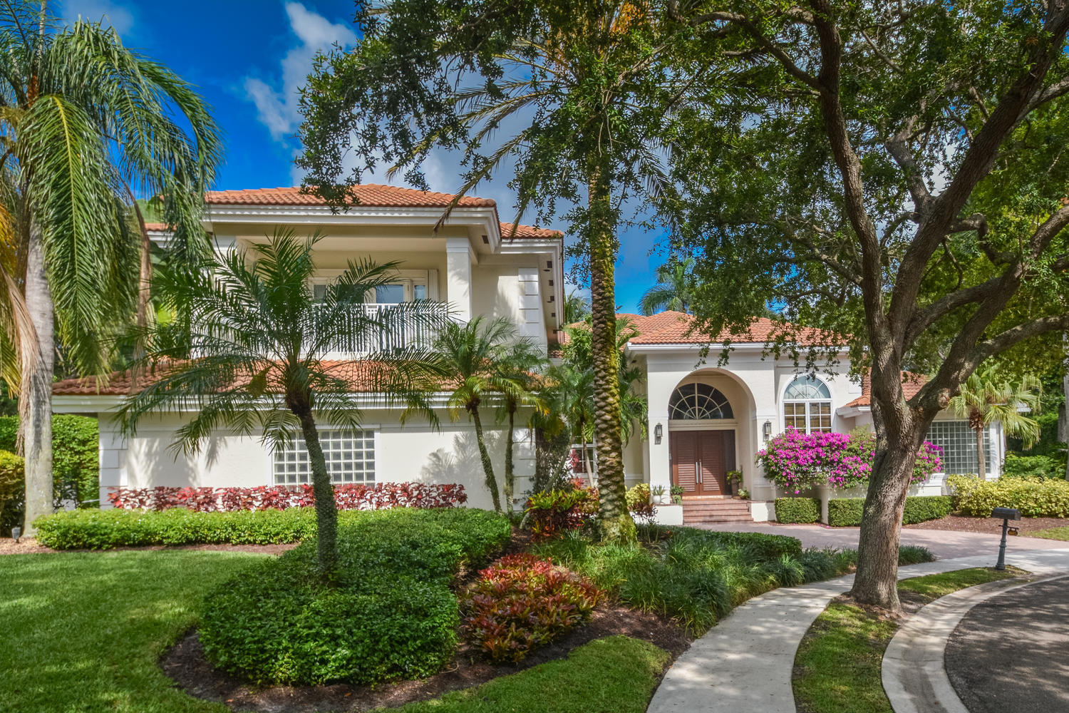 4605 NW 23rd Terrace Boca-large-001-1-Ex