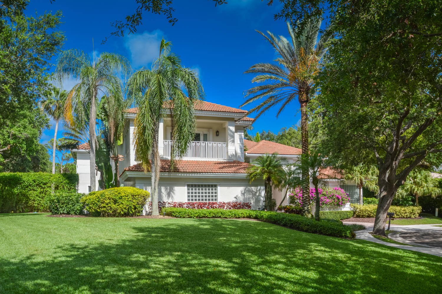 4605 NW 23rd Terrace Boca-large-004-8-Ex