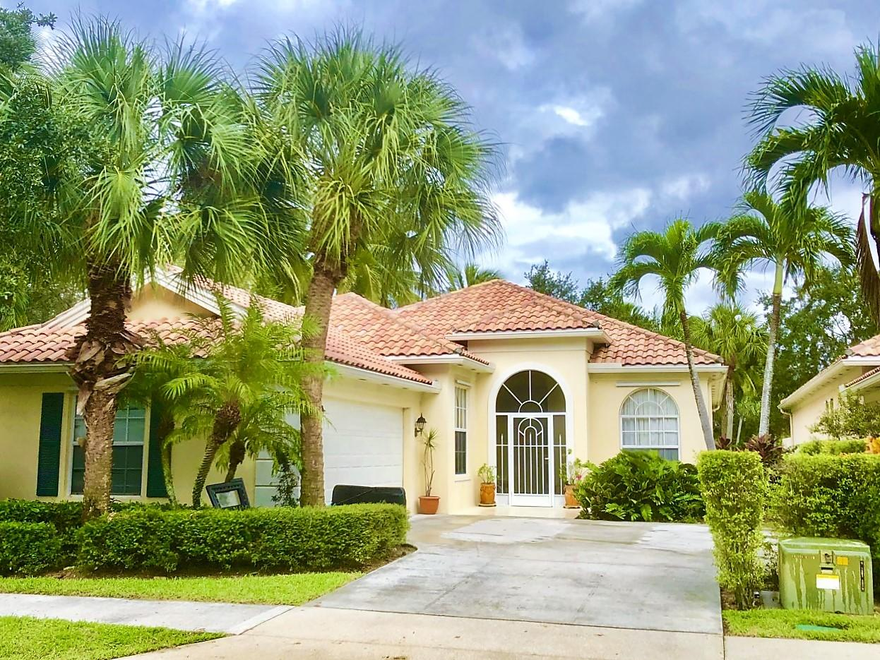 Home for sale in RIVERWALK 13 West Palm Beach Florida