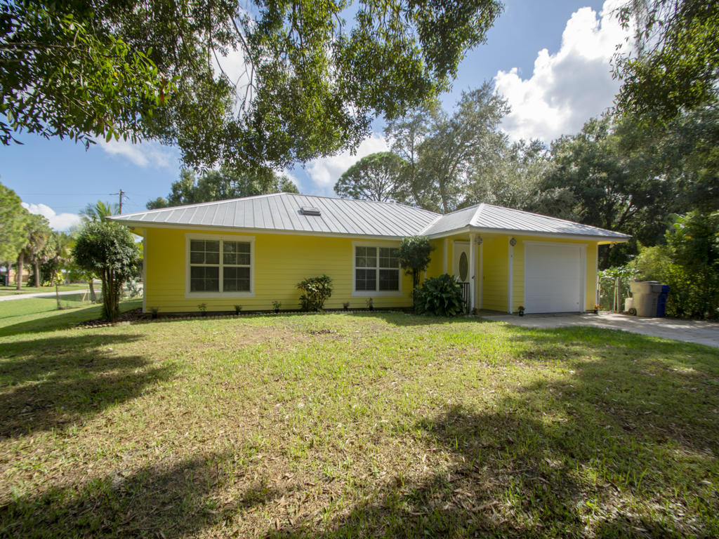 Home for sale in GROVENOR ESTATES SUB UNIT 1 Vero Beach Florida