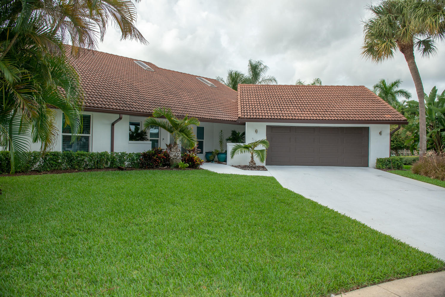 New Home for sale at 141 Pine Hill Trail in Tequesta