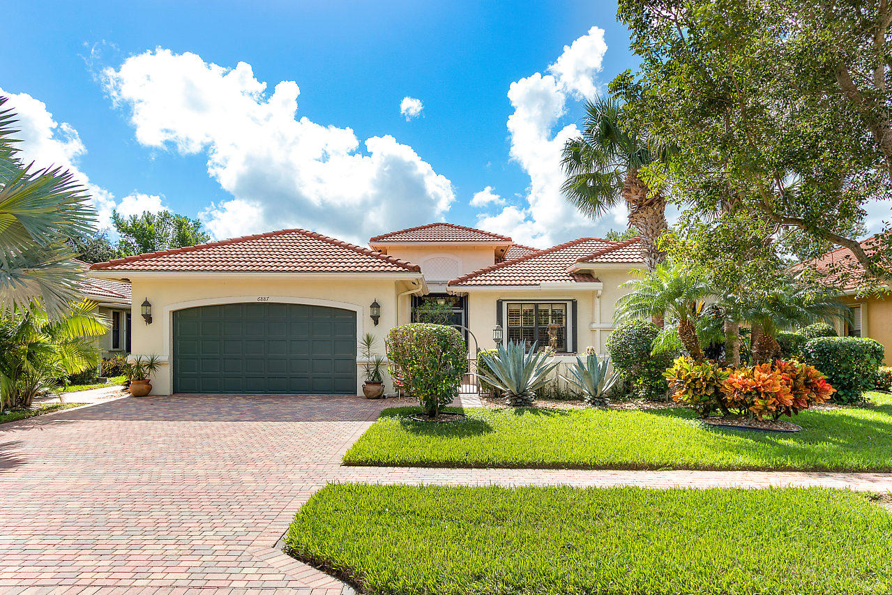 TIVOLI LAKES home 6887 Antinori Lane Boynton Beach FL 33437