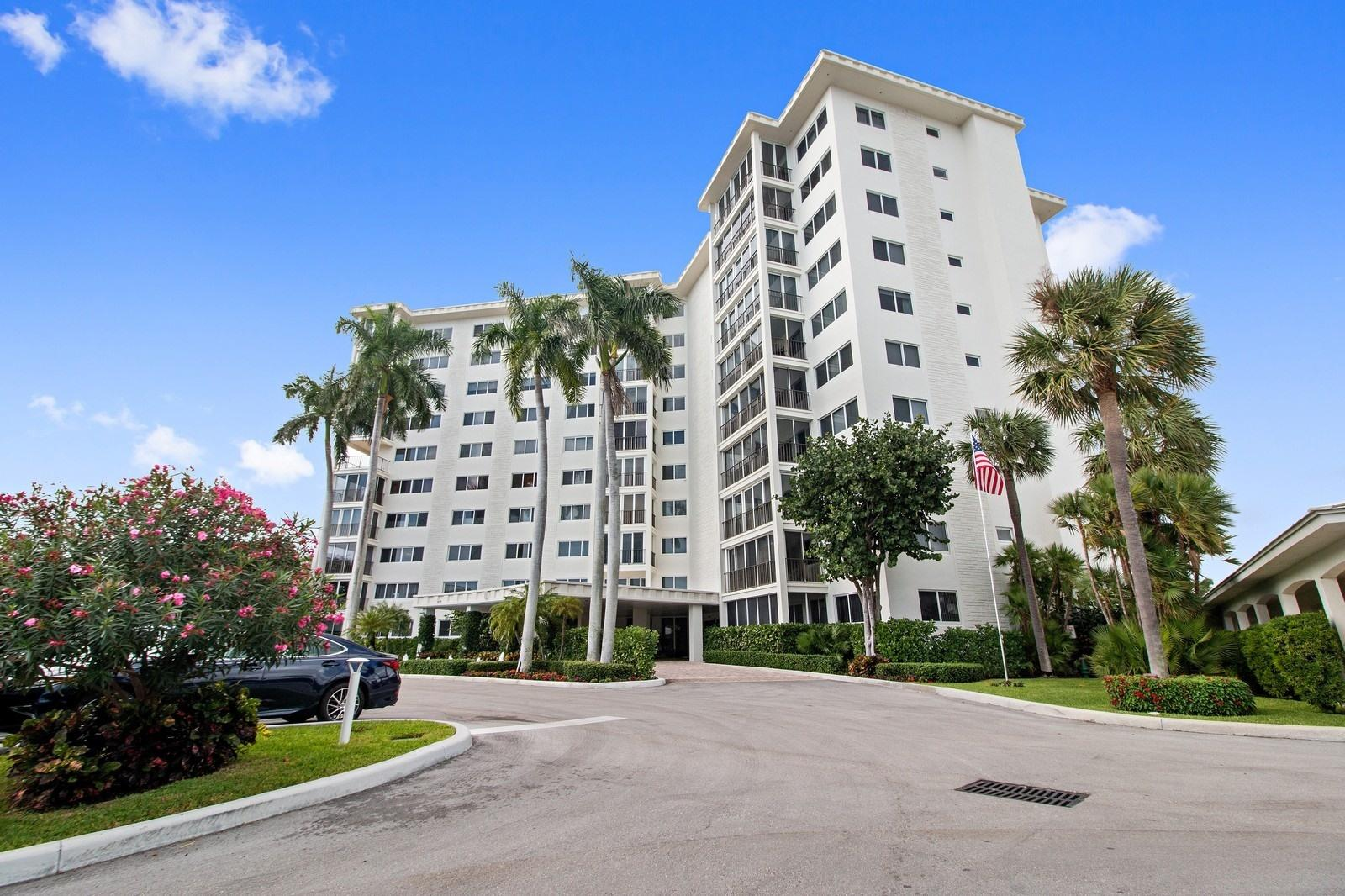 Home for sale in BAR HARBOUR CONDO Delray Beach Florida