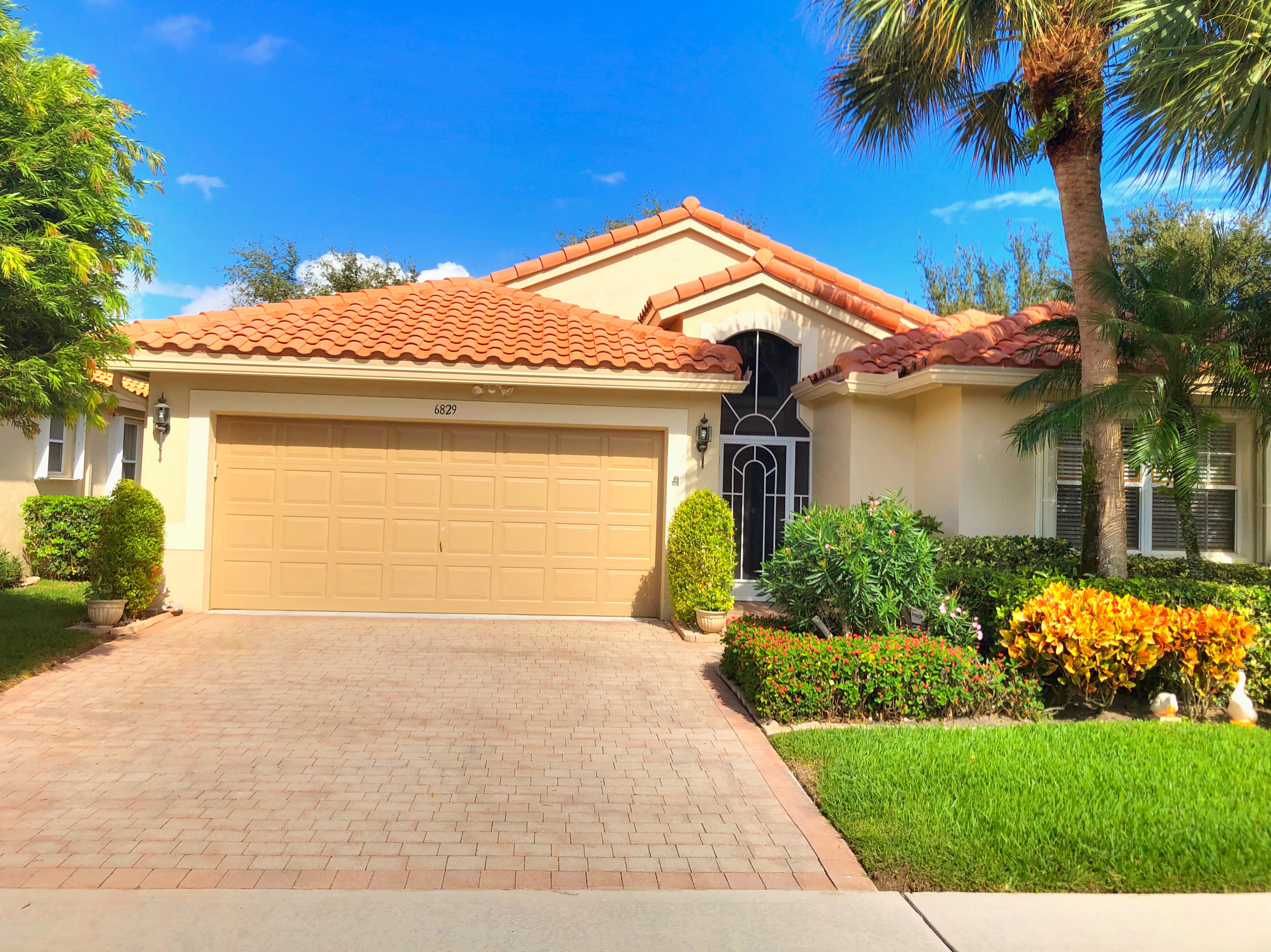 CASCADES home 6829 Castlemaine Avenue Boynton Beach FL 33437