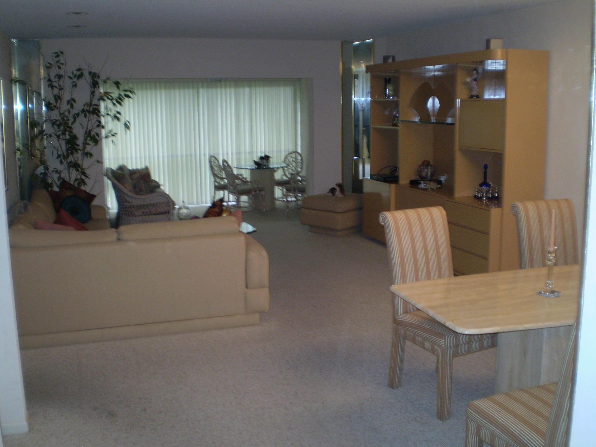 8425 Casa Del Lago Boca Raton FL 33433 - photo 3
