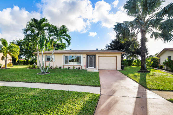 14728 Shadow Wood Lane  Delray Beach, FL 33484