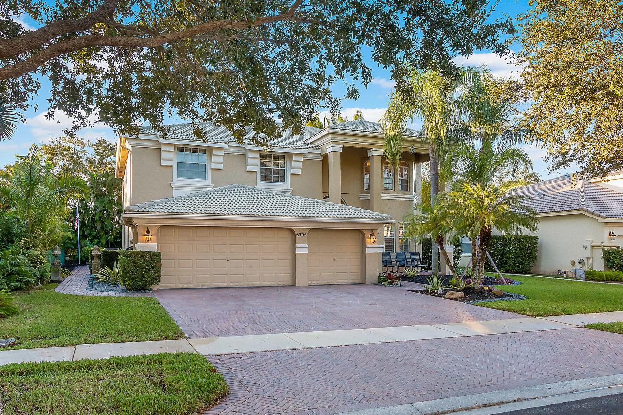 6395 Stonehurst Circle Lake Worth, FL 33467