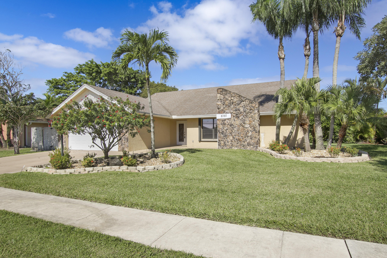 8387 Myakka Court Lake Worth, FL 33467