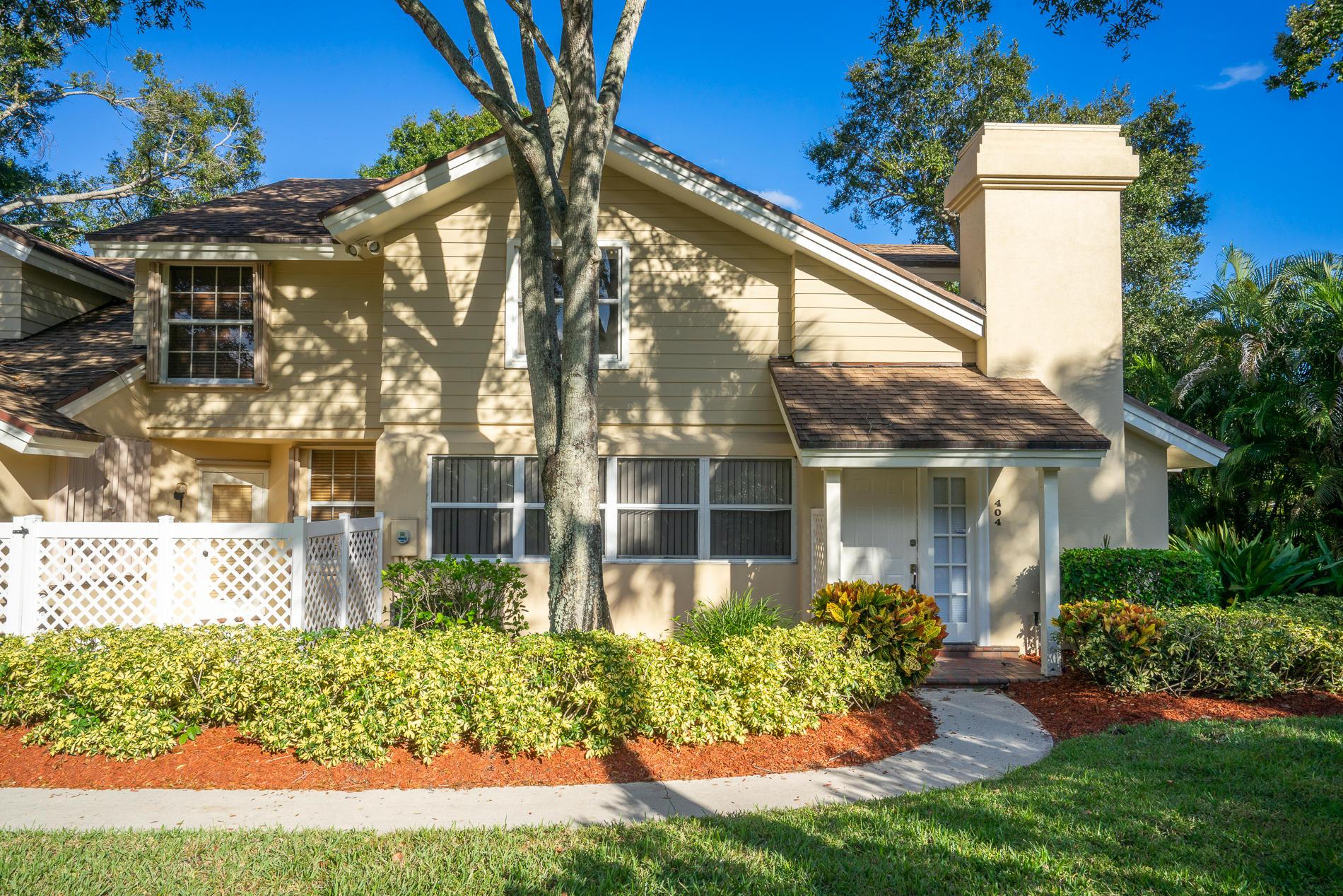 404 Andover Court Boynton Beach, FL 33436