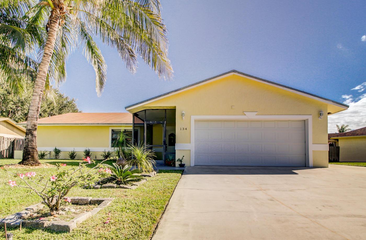 134 Santa Monica Avenue - Royal Palm Beach, Florida
