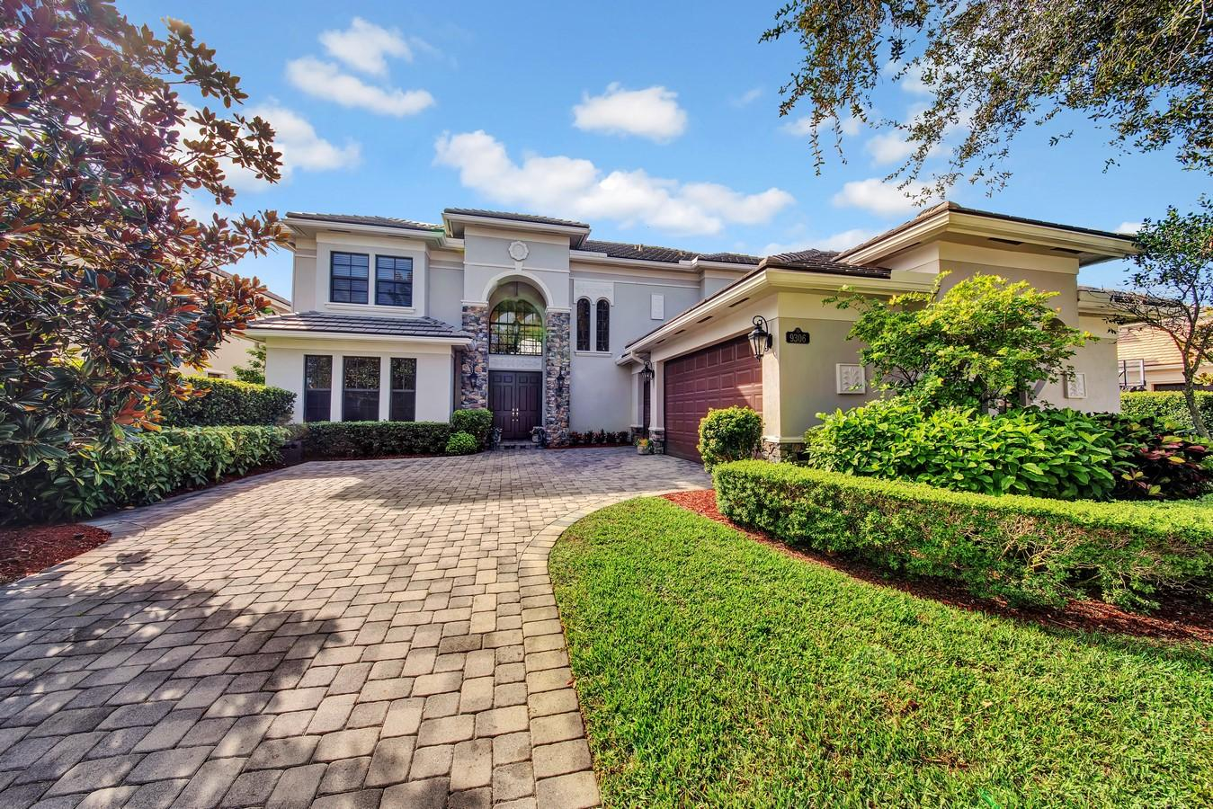 9306 Equus Circle Boynton Beach, FL 33472 photo 2