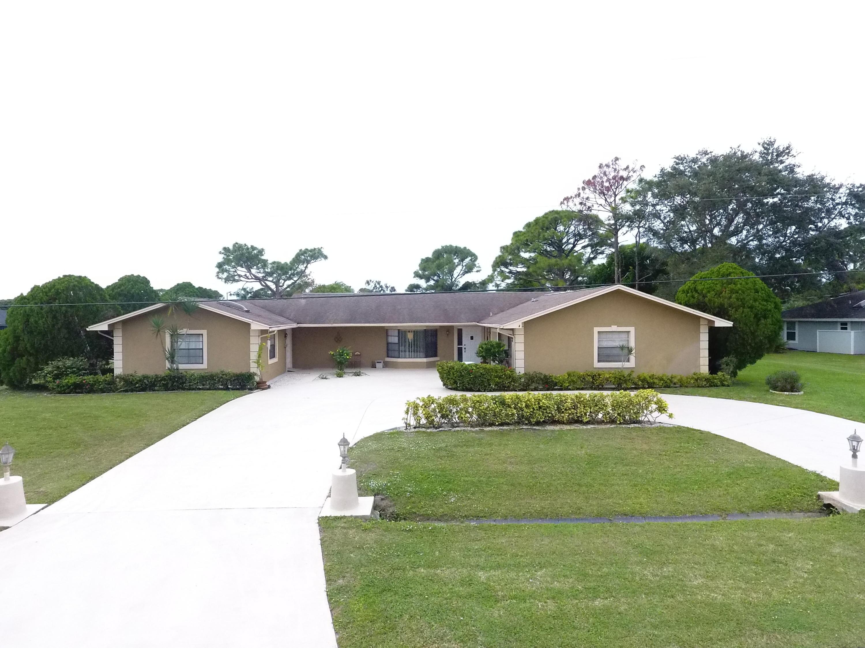 2080 SE Elmhurst Road, Port Saint Lucie, Florida