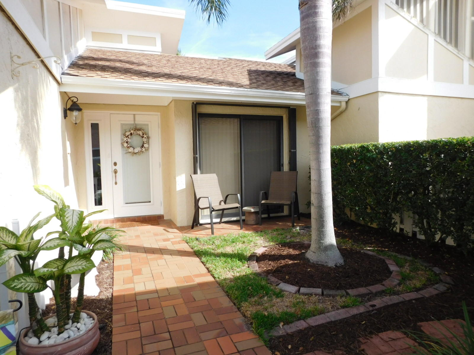 3805 Cape Pointe Circle, Jupiter, Florida 33477, 2 Bedrooms Bedrooms, ,2 BathroomsBathrooms,F,Townhouse,Cape Pointe,RX-10482405