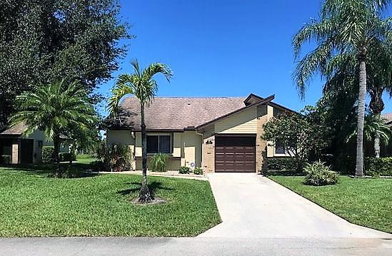 156 Ramblewood Circle - Royal Palm Beach, Florida