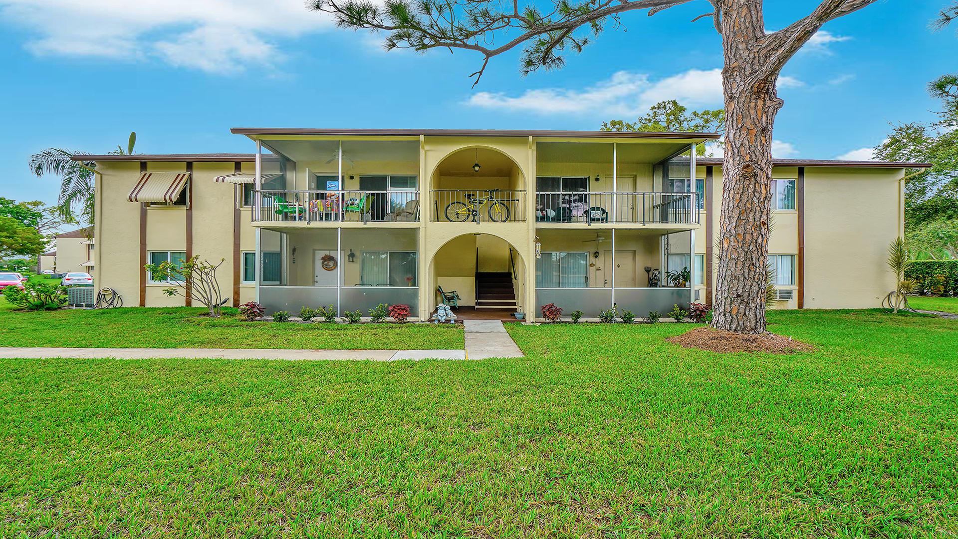 3586 La Playas Court B-1 Greenacres, FL 33463