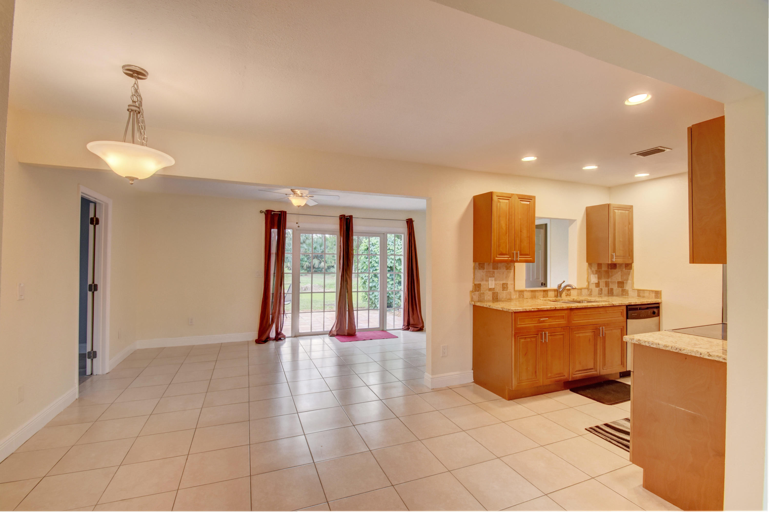 11580 Mellow Court Royal Palm Beach, FL 33411 photo 4