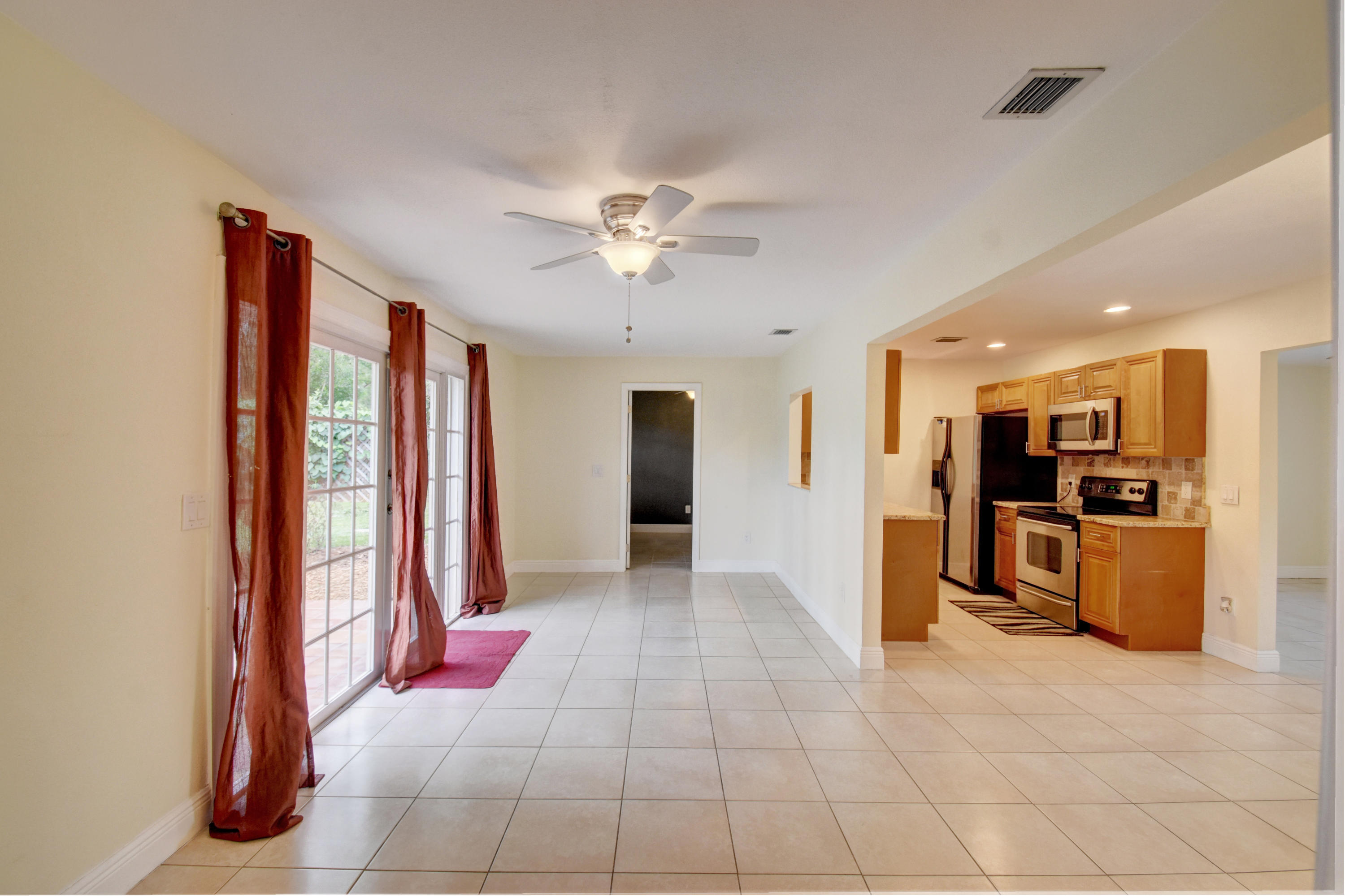 11580 Mellow Court Royal Palm Beach, FL 33411 photo 10