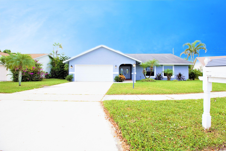 8444 Linden Way Lake Worth, FL 33467